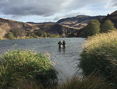 shya-gil-in-river