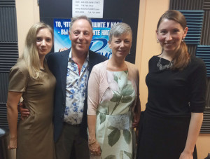 Kanes with hosts of Harmony Russian Radio show